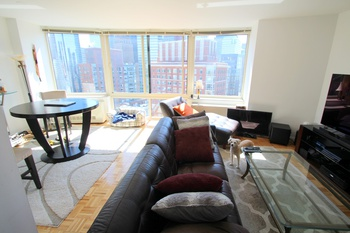 Large 1 Bedroom W/ City And Water Views   Tribeca Park
